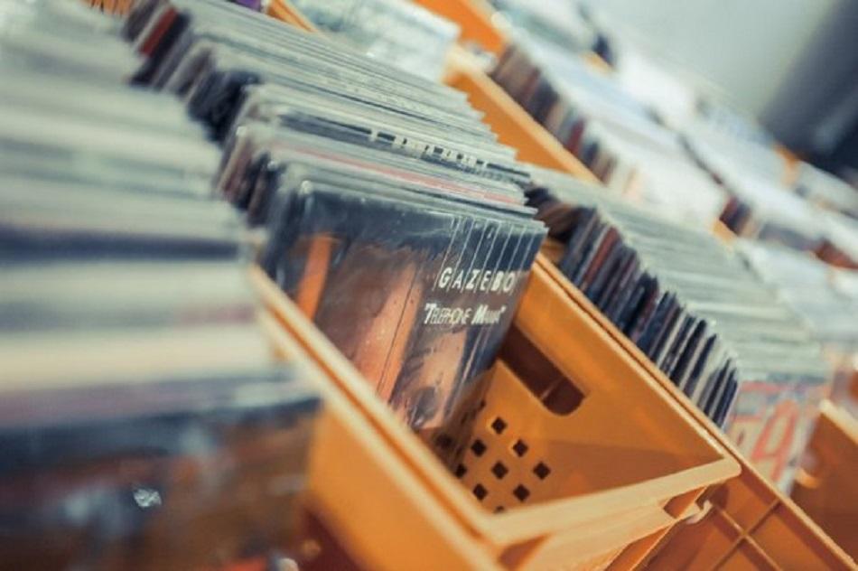 Vinyl Market